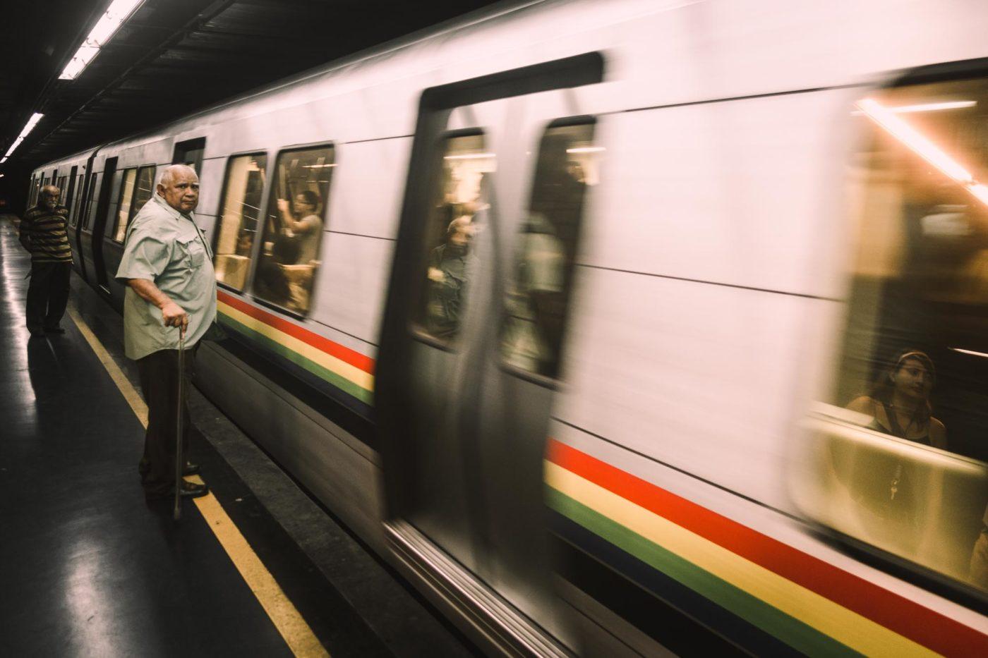 U-Bahn haelt